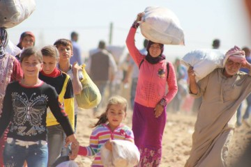 """Massive influx of Syrian Kurdish refugees into Turkey"" (Photo credit: European Commission DG ECHO, Creative Commons)"